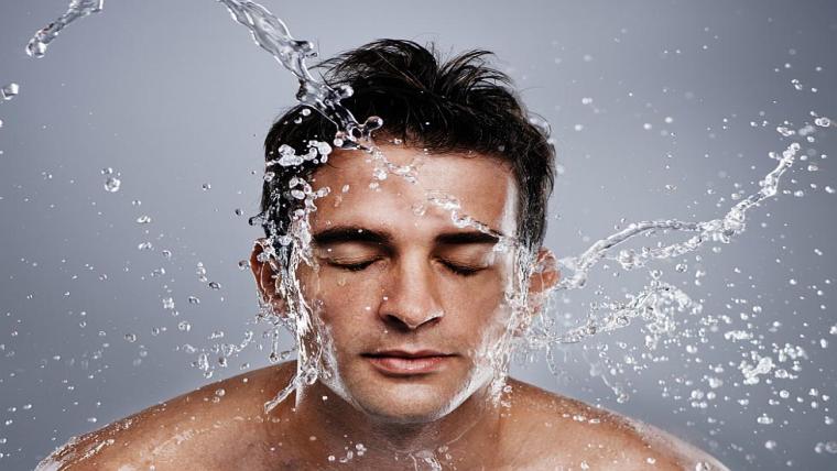 Kosmetyki dla mężczyzn, czyli jak zachować twarz