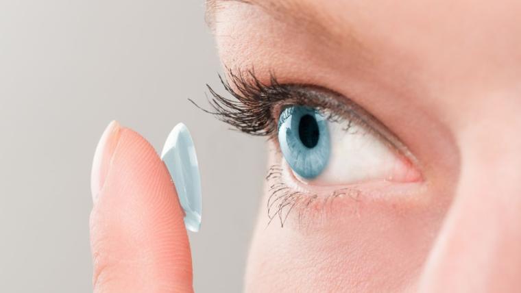 Warto nosić soczewki kontaktowe